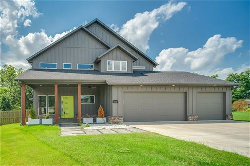 Photo of 612 S 58th Court, Rogers, AR 72758 (MLS # 1192584)