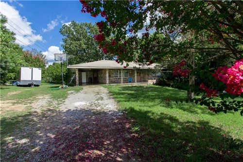 Photo of 10496 Campbell Road, Fayetteville, AR 72701 (MLS # 1156610)