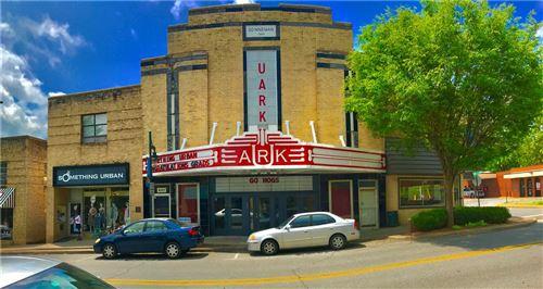 Photo of 647 W Dickson Street, Fayetteville, AR 72701 (MLS # 1192617)