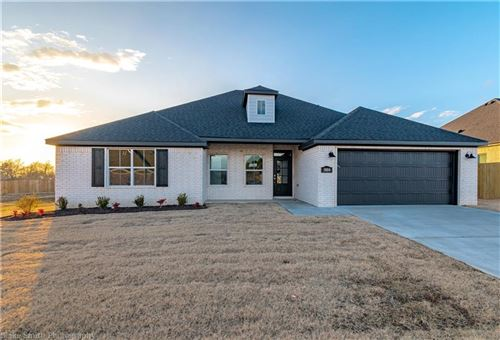 Photo of 5804  W Cane Hill  DR, Fayetteville, AR 72704 (MLS # 1111621)