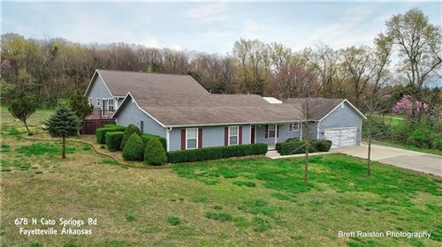Photo of 678 N Cato Springs Road, Fayetteville, AR 72701 (MLS # 1143632)