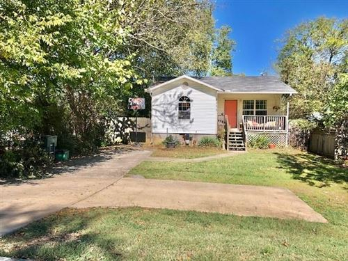 Photo of 1052 W Cato Springs Road, Fayetteville, AR 72701 (MLS # 1201653)