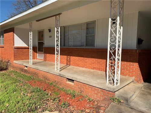 Photo of 1910 N Greenvalley Avenue, Fayetteville, AR 72703 (MLS # 1180660)