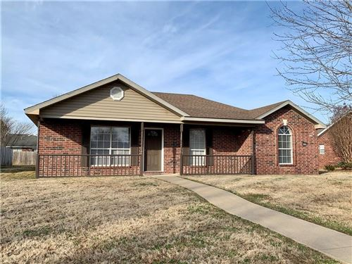 Photo of 5716  W Chattel, Fayetteville, AR 72704 (MLS # 1139724)