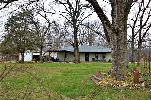 Photo of 13207 Stoneridge Road, Bentonville, AR 72712 (MLS # 1167730)