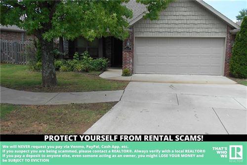Photo of 2647 Villa Boulevard, Fayetteville, AR 72703 (MLS # 1192739)