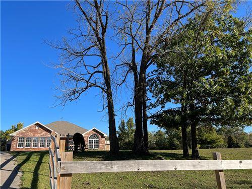 Photo of 12124 Deer Drive, Bentonville, AR 72712 (MLS # 1201774)