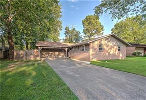 Photo of 824 11th  ST, Rogers, AR 72756 (MLS # 1123796)