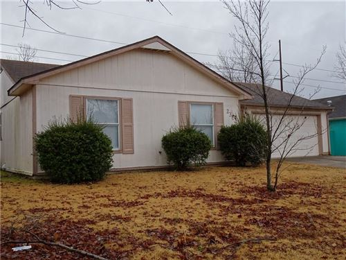 Photo of 2301  S 17Th  ST, Rogers, AR 72758 (MLS # 1133796)