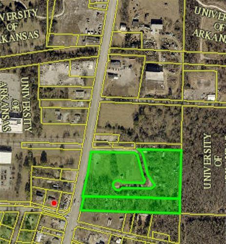 Photo of 2050 School Avenue, Fayetteville, AR 72701 (MLS # 1103802)