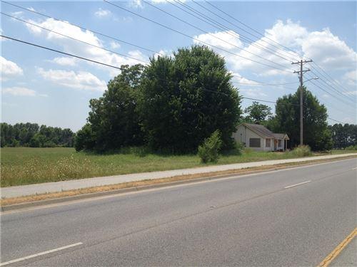 Photo of 4621 & 4847 W Wedington Drive, Fayetteville, AR 72704 (MLS # 1053816)