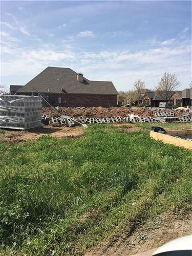 Photo of 3100 SW Stonepoint Avenue, Bentonville, AR 72713 (MLS # 1143831)