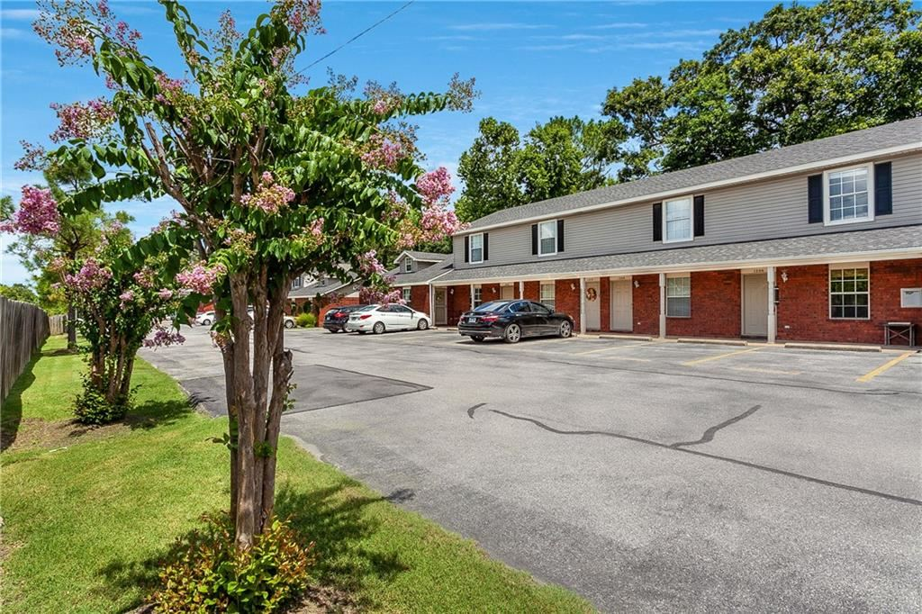 1206 N Iron Horse Drive, Fayetteville, AR 72703 - #: 1154877