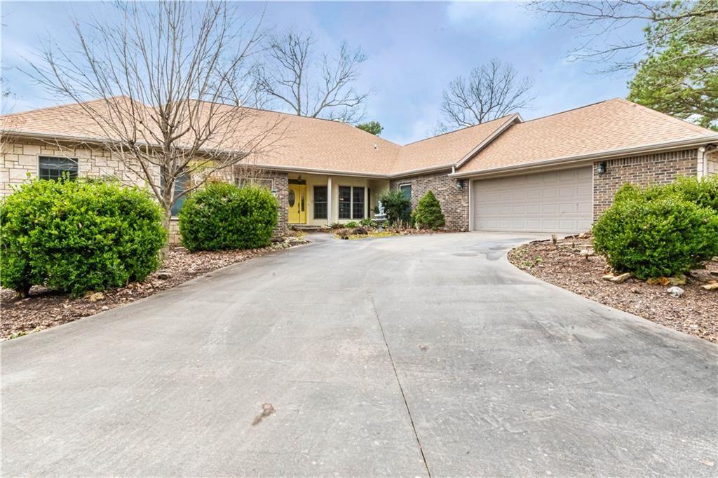 886 County Road 1160, Eureka Springs, AR 72631 - #: 1142906