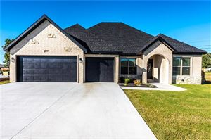 Photo of 454 Payton  PL, Farmington, AR 72730 (MLS # 1129916)
