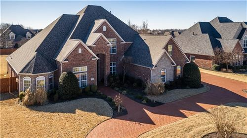 Photo of 4  W Oxford  DR, Rogers, AR 72758 (MLS # 1139969)