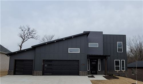 Photo of 1520 Westridge Lane, Centerton, AR 72719 (MLS # 1192985)