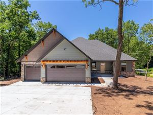 Photo of 2 Farrah  LN, Bella Vista, AR 72715 (MLS # 1107995)