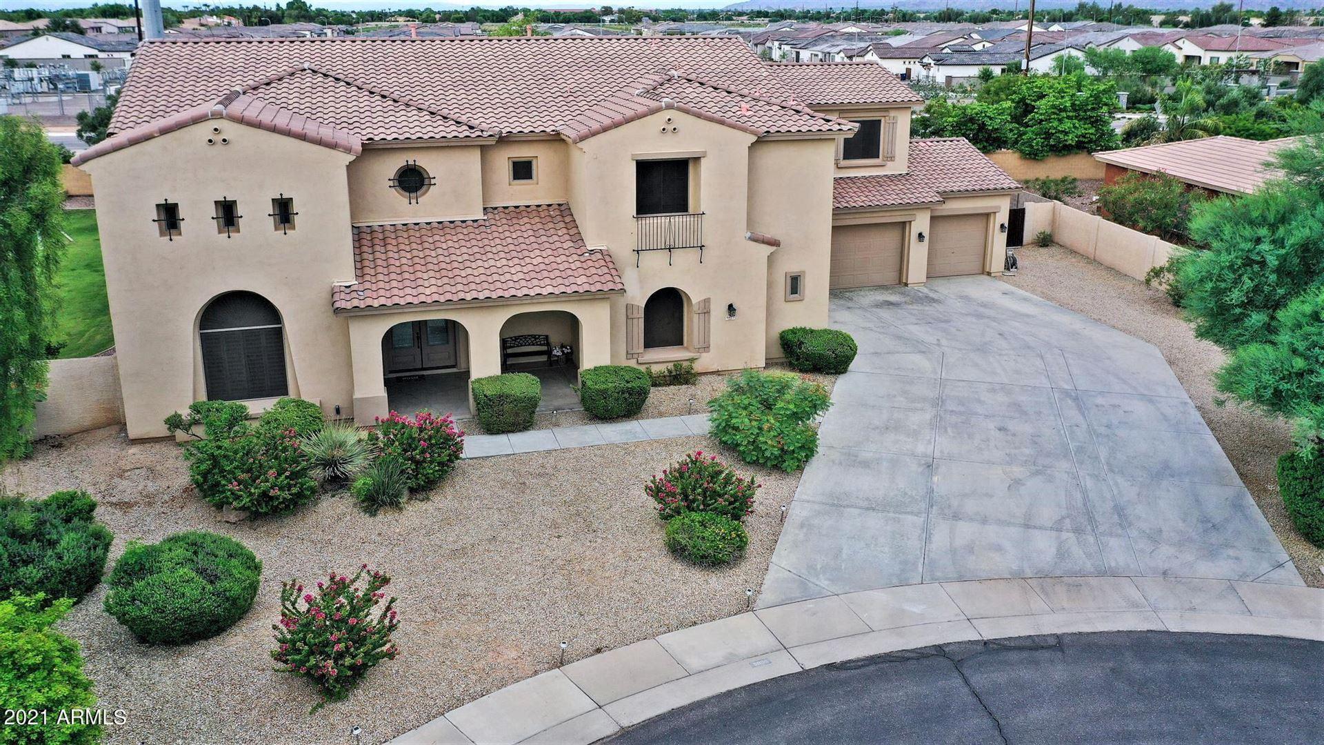 Photo of 5805 S Soho Lane, Chandler, AZ 85249 (MLS # 6264000)