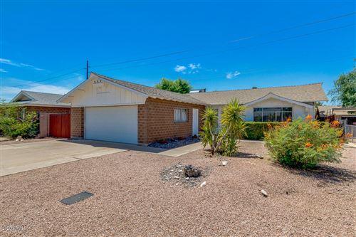Photo of 8425 E CRESTWOOD Way, Scottsdale, AZ 85250 (MLS # 6086003)