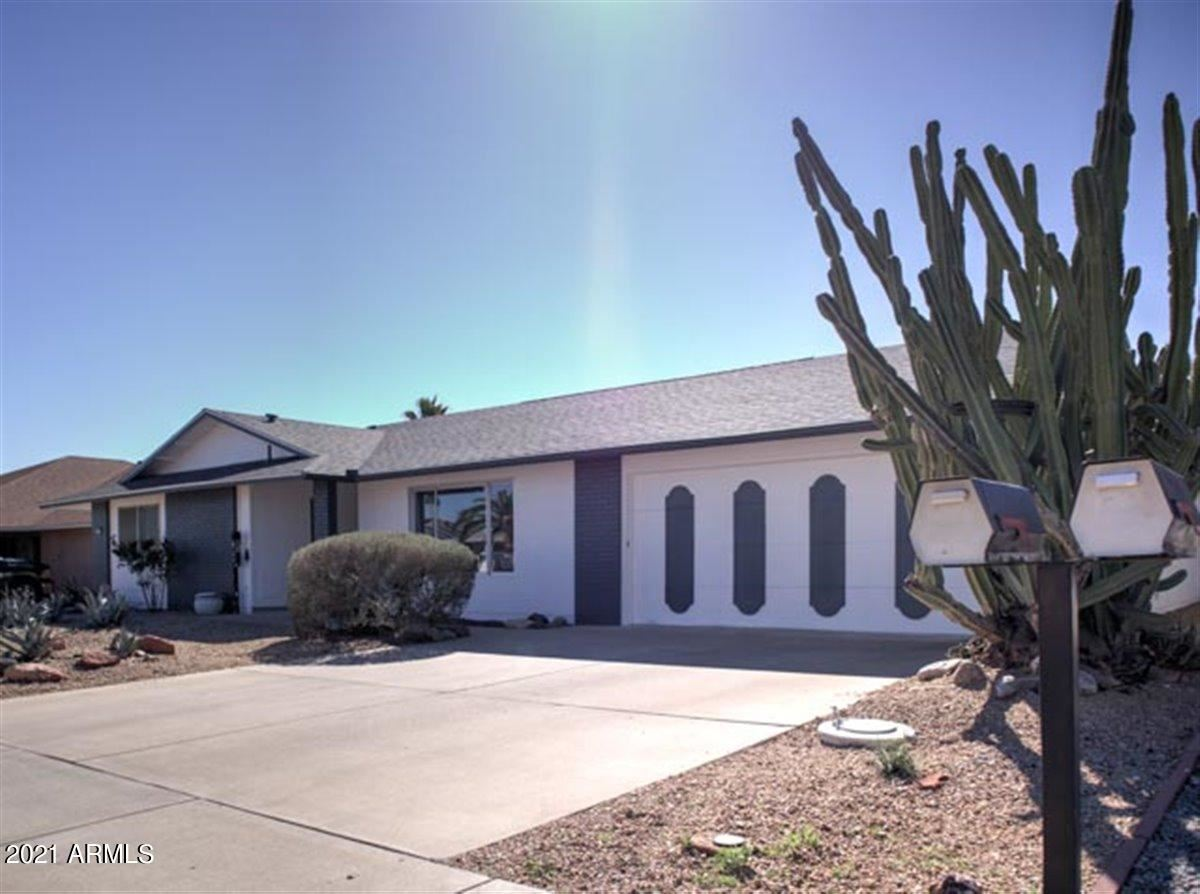 Photo of 12627 W BUTTERFIELD Drive, Sun City West, AZ 85375 (MLS # 6195004)
