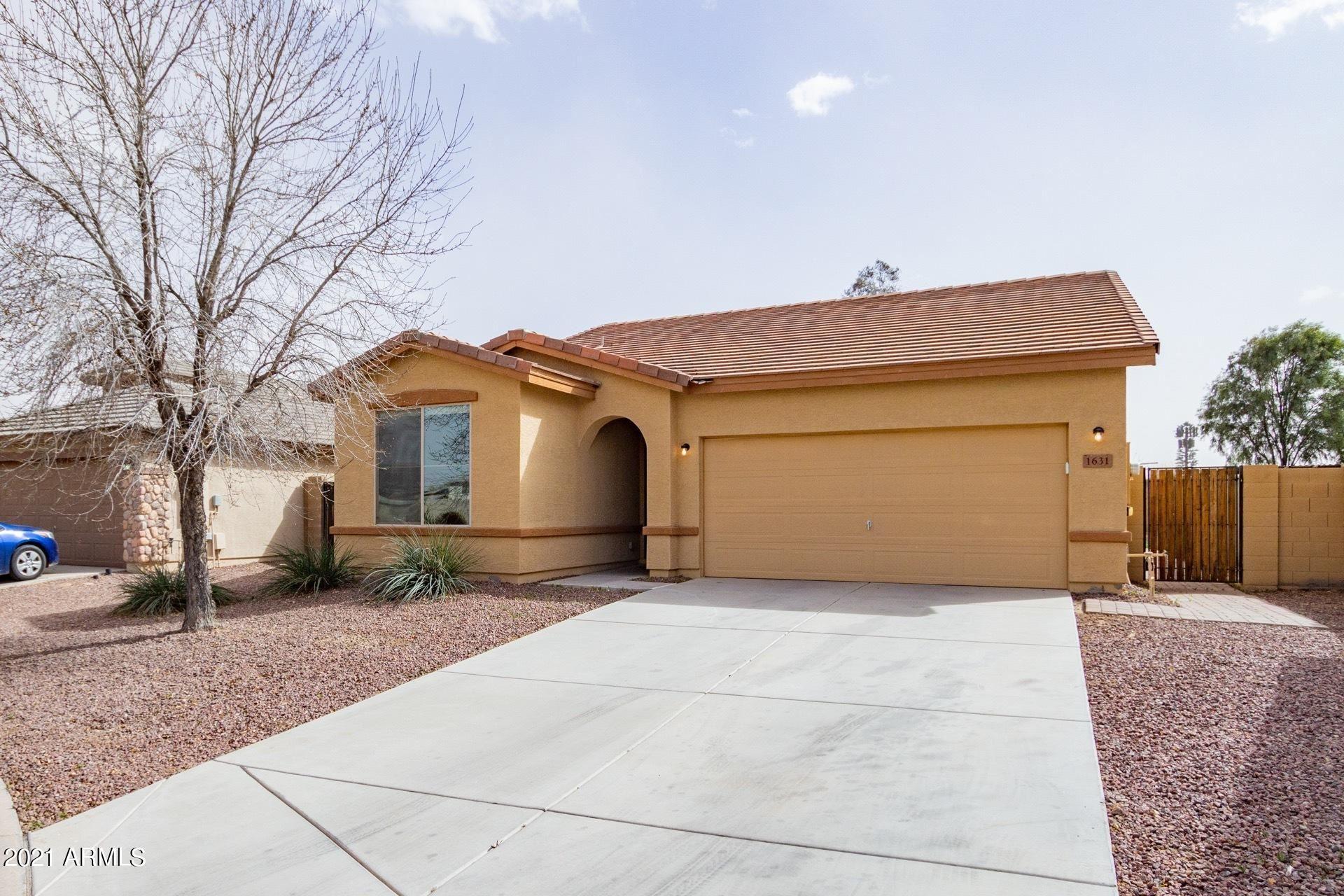 Photo of 1631 W GOLD MINE Way, Queen Creek, AZ 85142 (MLS # 6203005)