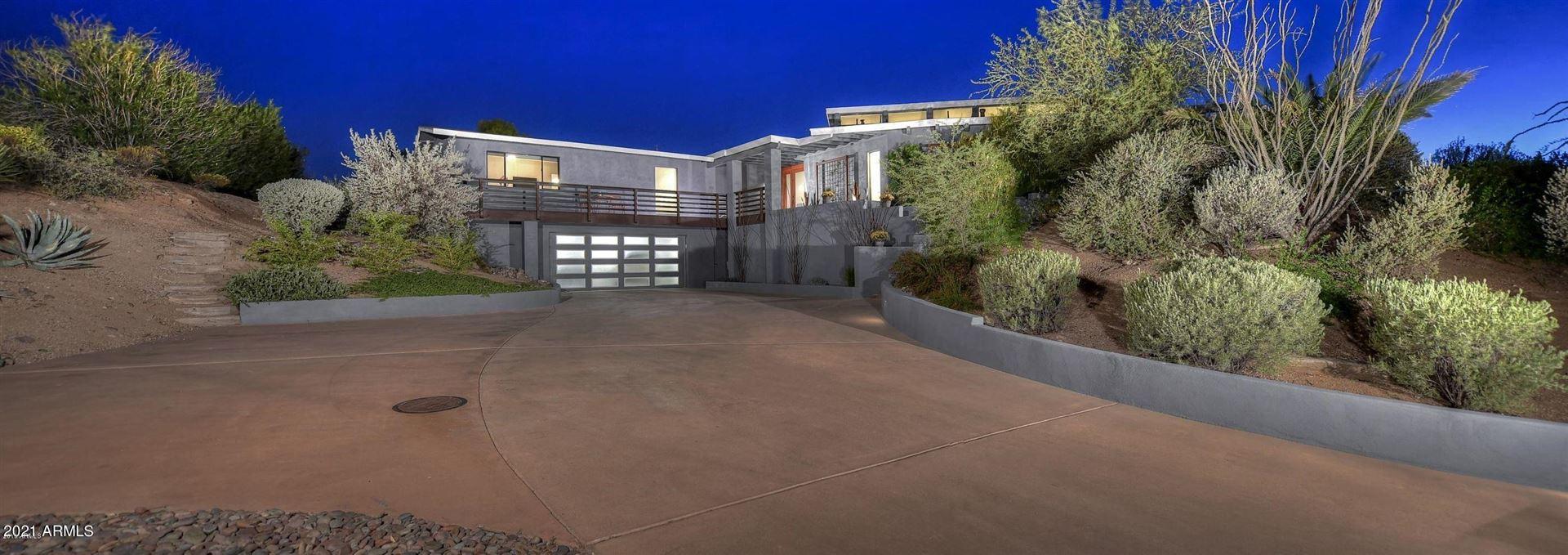 Photo of 8545 E Double Eagle Drive, Carefree, AZ 85377 (MLS # 6197008)