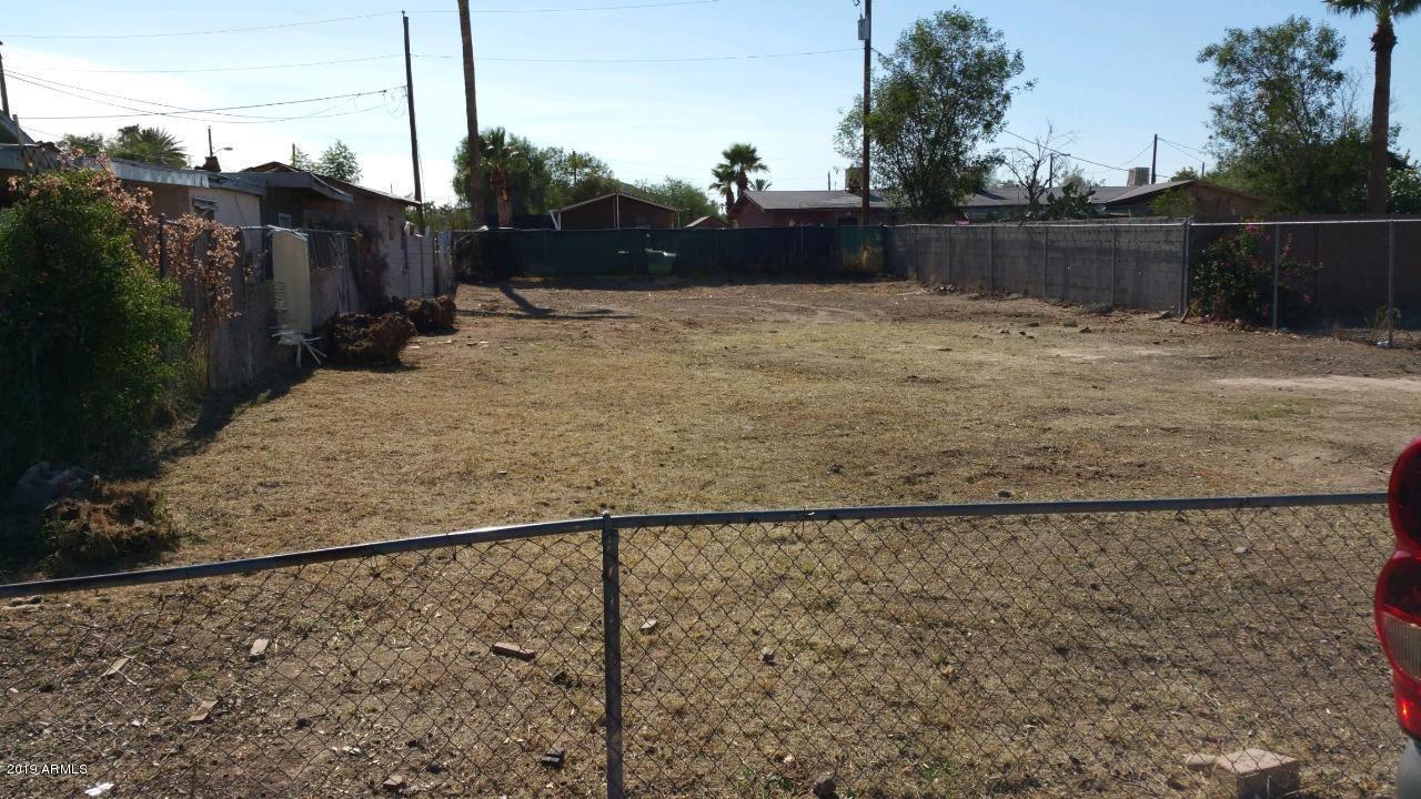 Photo of 8836 S avenidia del yaqui Street, Guadalupe, AZ 85283 (MLS # 6159012)