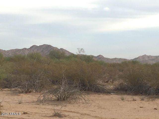 Photo for 42407 S 80TH Avenue, Maricopa, AZ 85139 (MLS # 6178016)