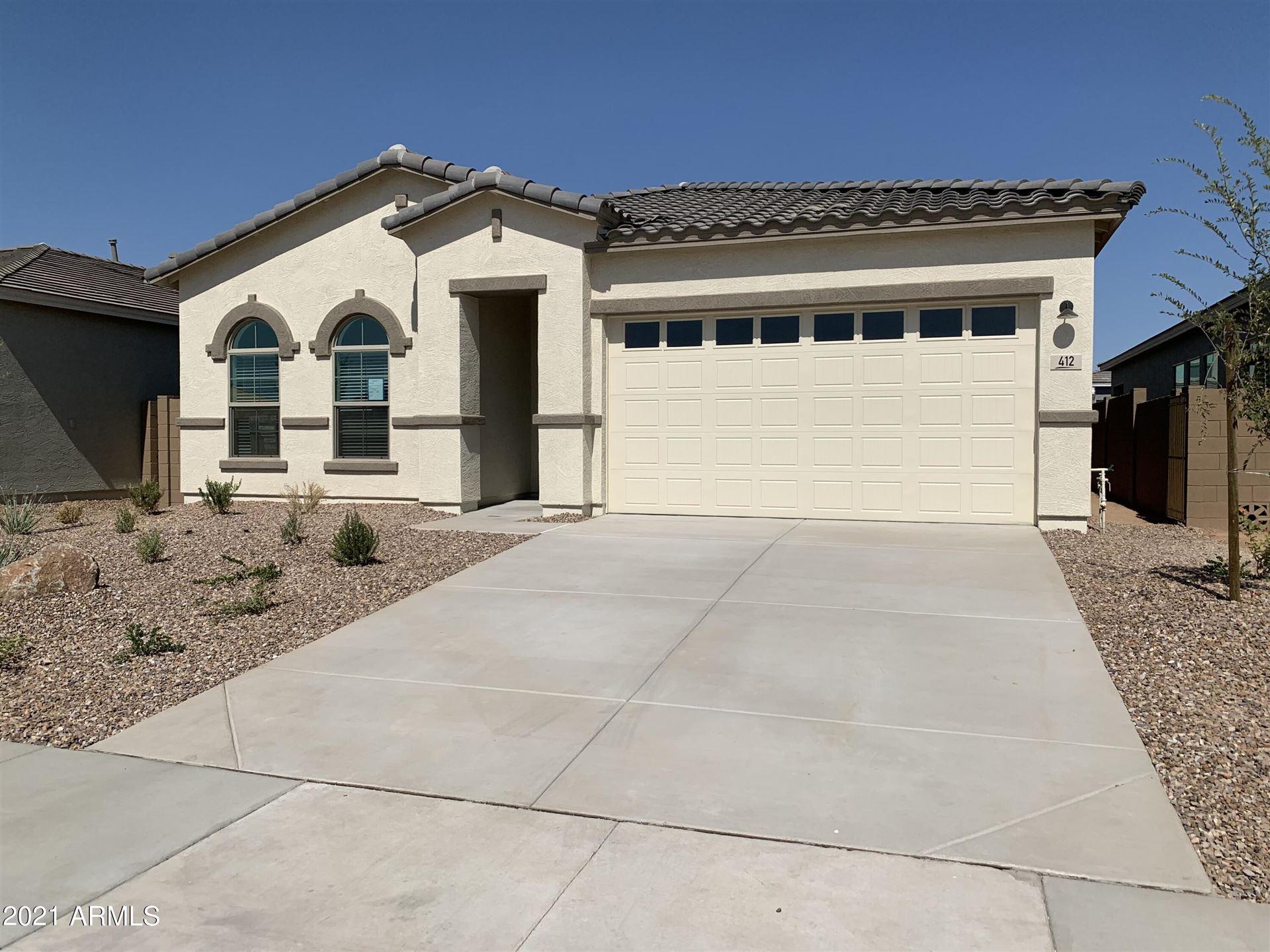 Photo of 412 W GOLDEN ASPEN Drive, San Tan Valley, AZ 85140 (MLS # 6250016)