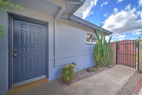 Photo of 1311 E PALO VERDE Drive, Phoenix, AZ 85014 (MLS # 6058017)