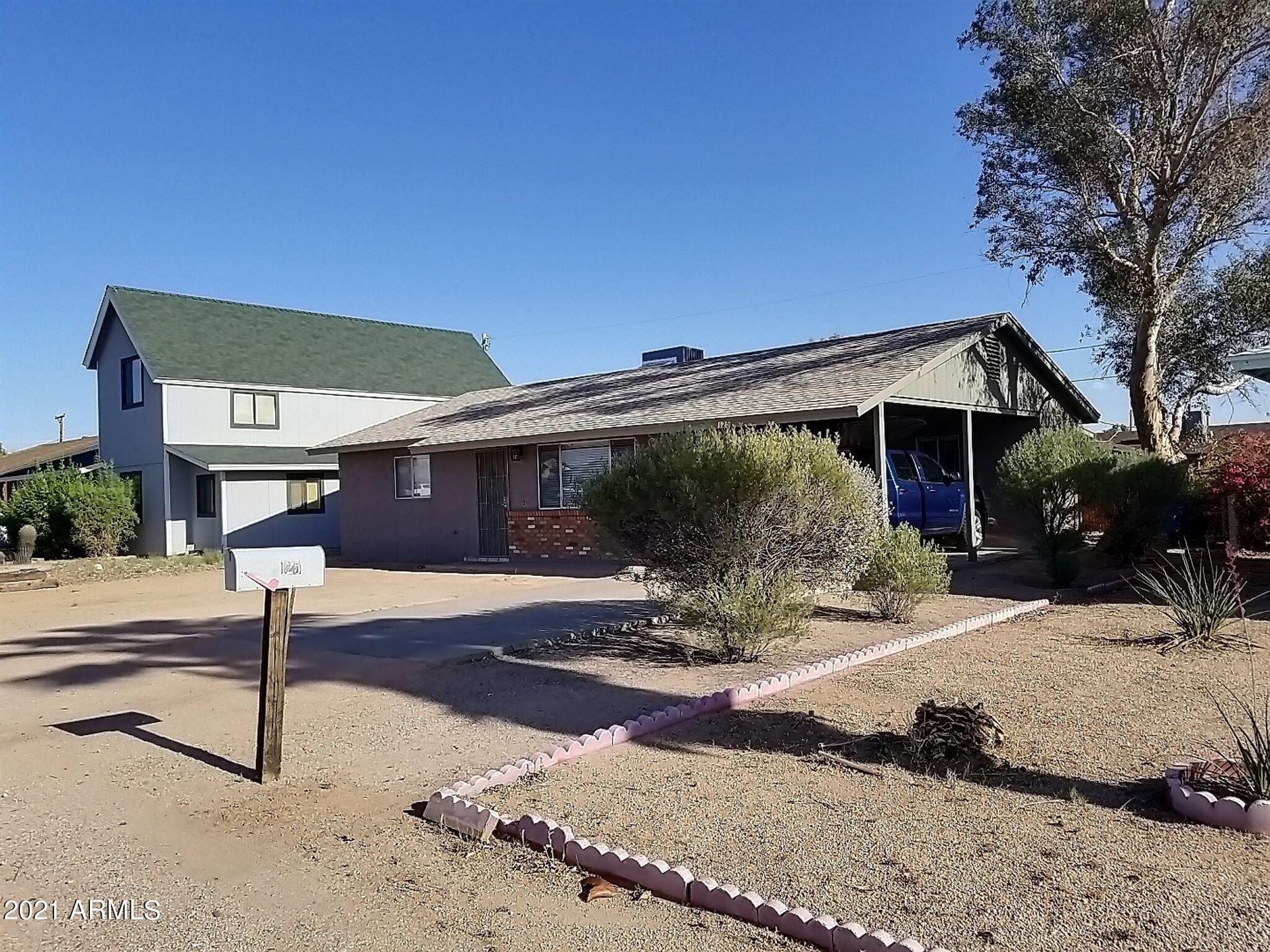 Photo of 125 W 16th Ave Avenue, Apache Junction, AZ 85120 (MLS # 6220019)