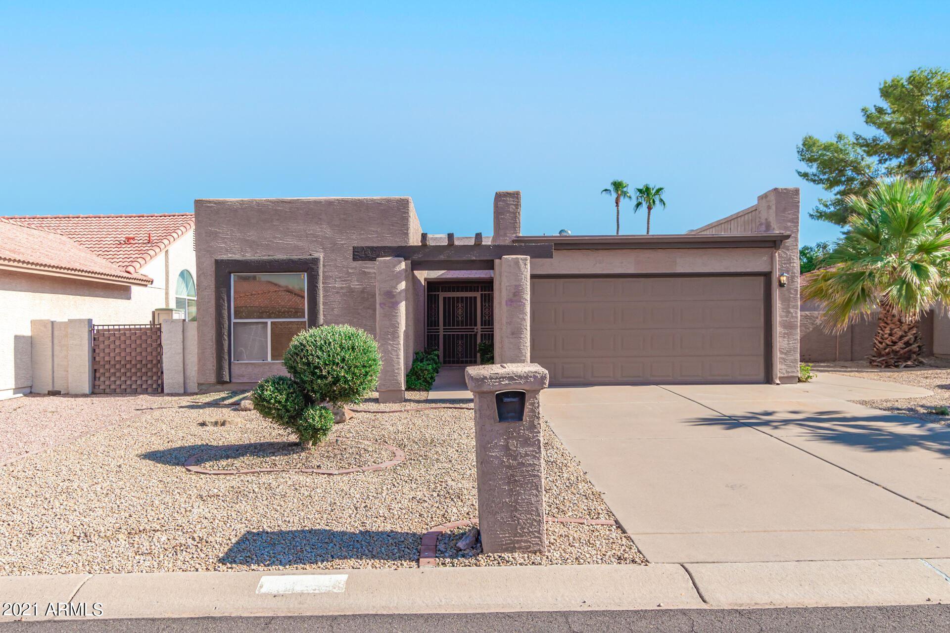 Photo of 10434 E FLINTLOCK Drive, Sun Lakes, AZ 85248 (MLS # 6270019)