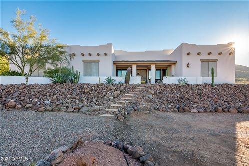 Photo of 1131 E FALLING STAR Road, Phoenix, AZ 85086 (MLS # 6250022)