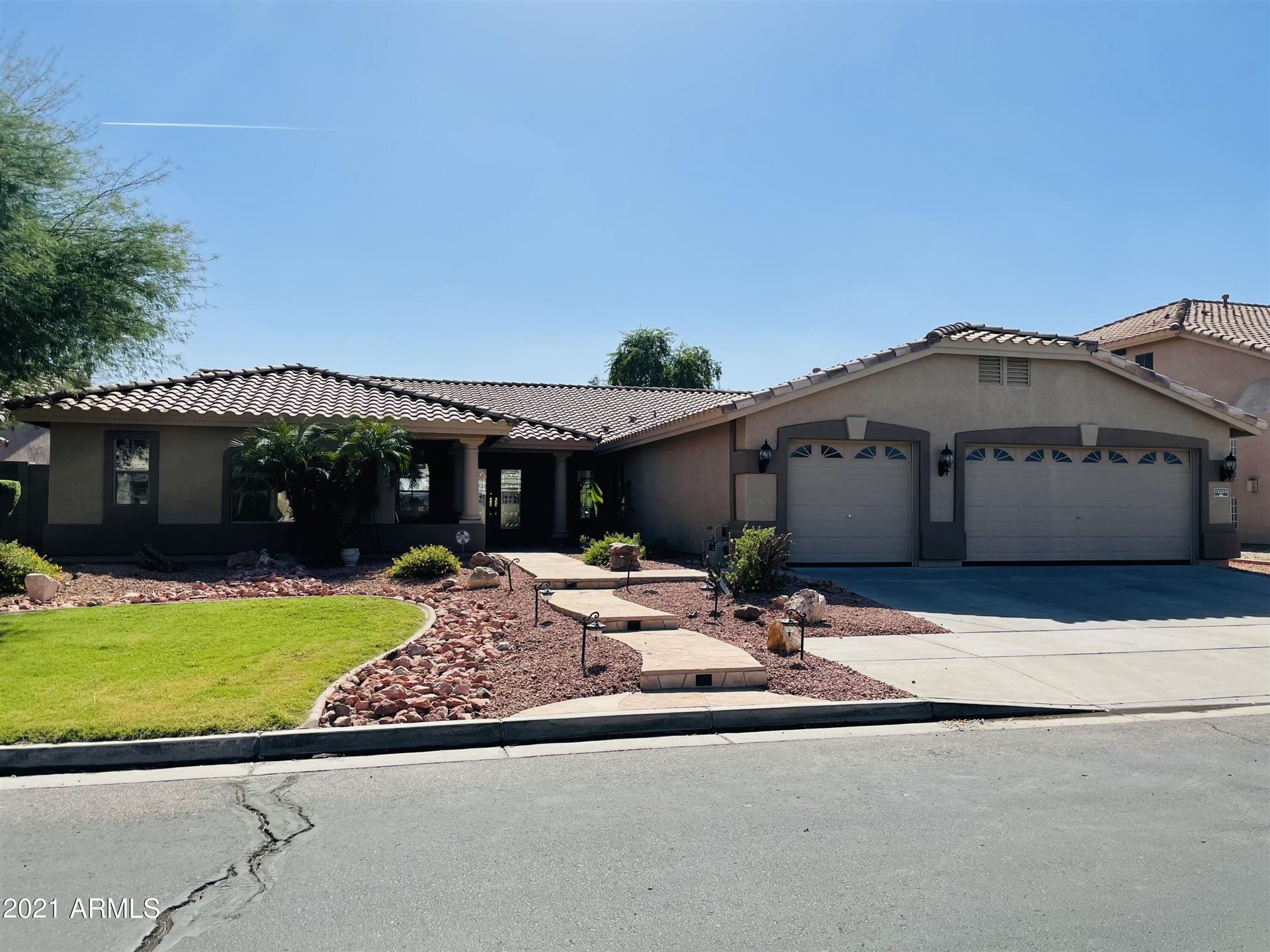 Photo of 13225 W COLTER Street, Litchfield Park, AZ 85340 (MLS # 6310025)