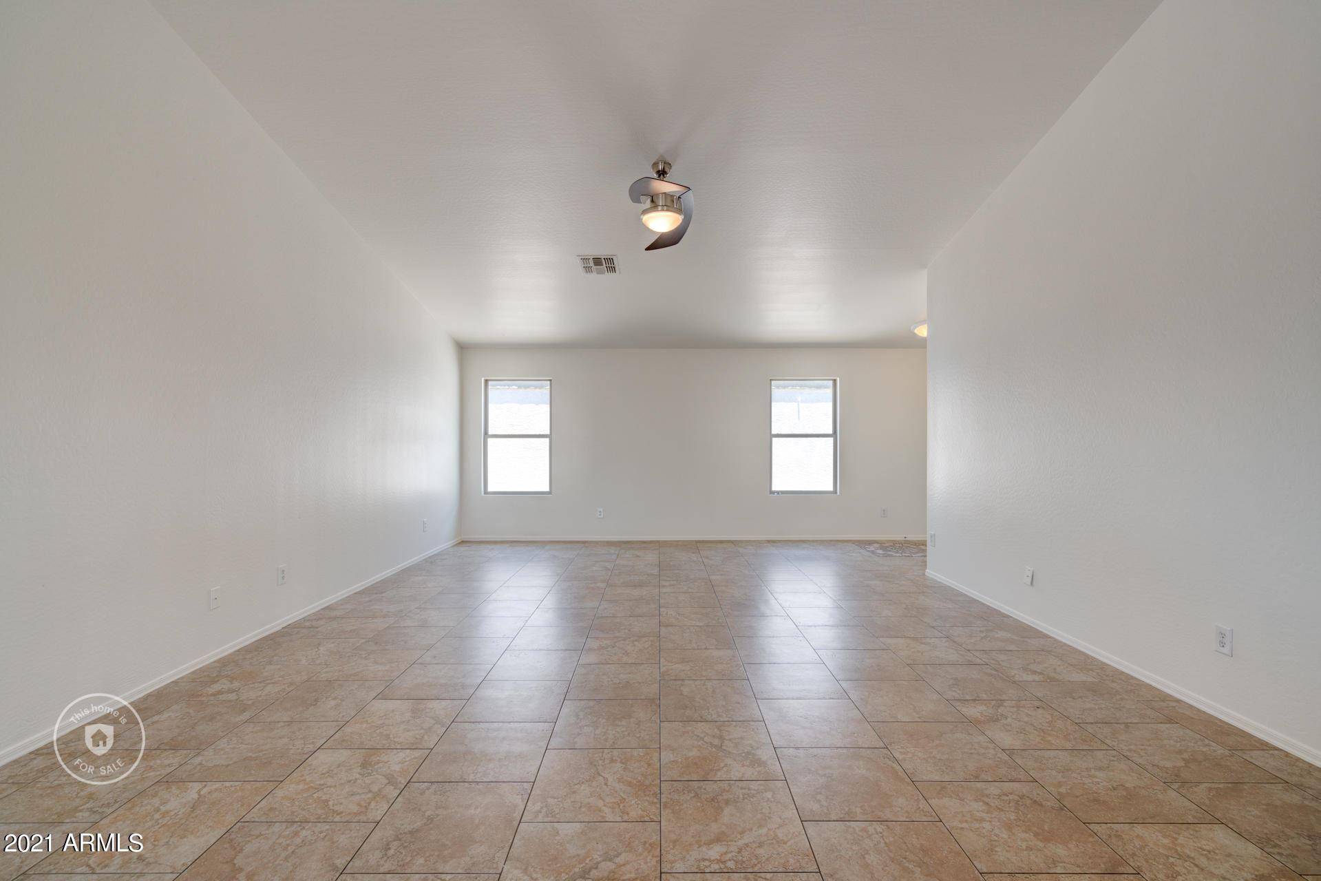 Photo of 15100 N B Circle, El Mirage, AZ 85335 (MLS # 6246026)