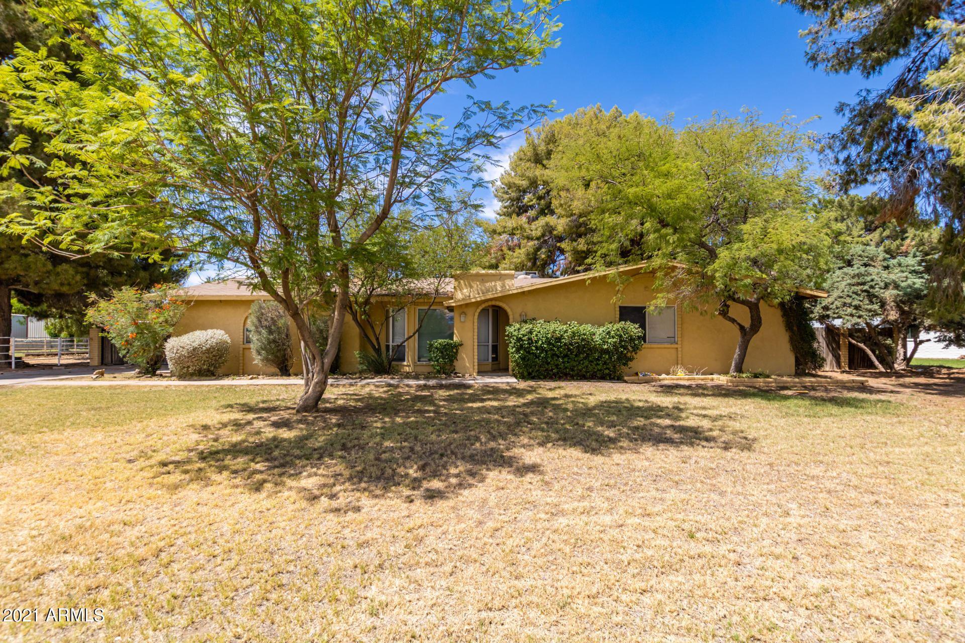Photo of 10316 W CATALINA Drive, Avondale, AZ 85392 (MLS # 6248030)