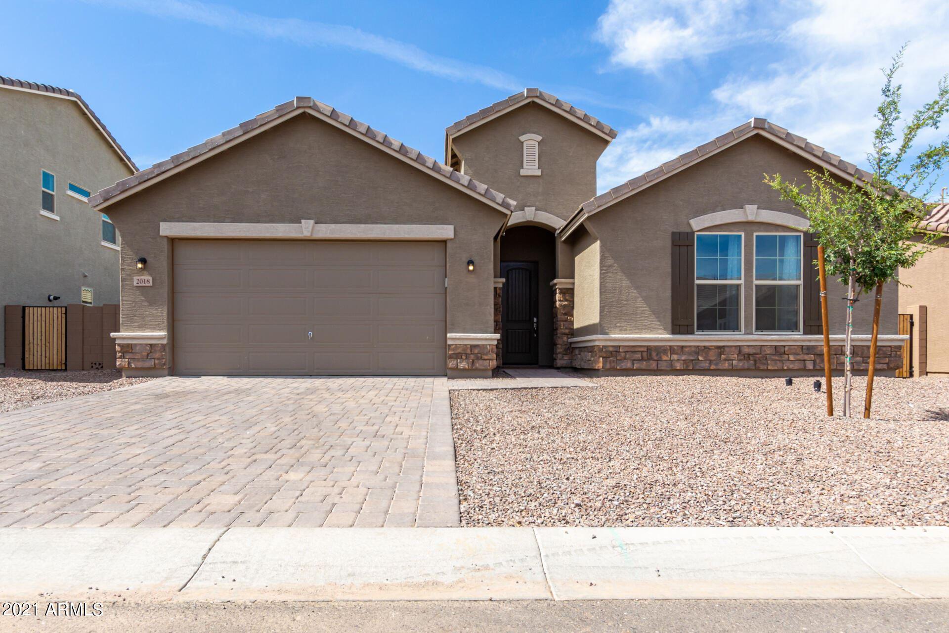 Photo of 2018 W MADISEN MARIE Avenue, Queen Creek, AZ 85142 (MLS # 6249032)