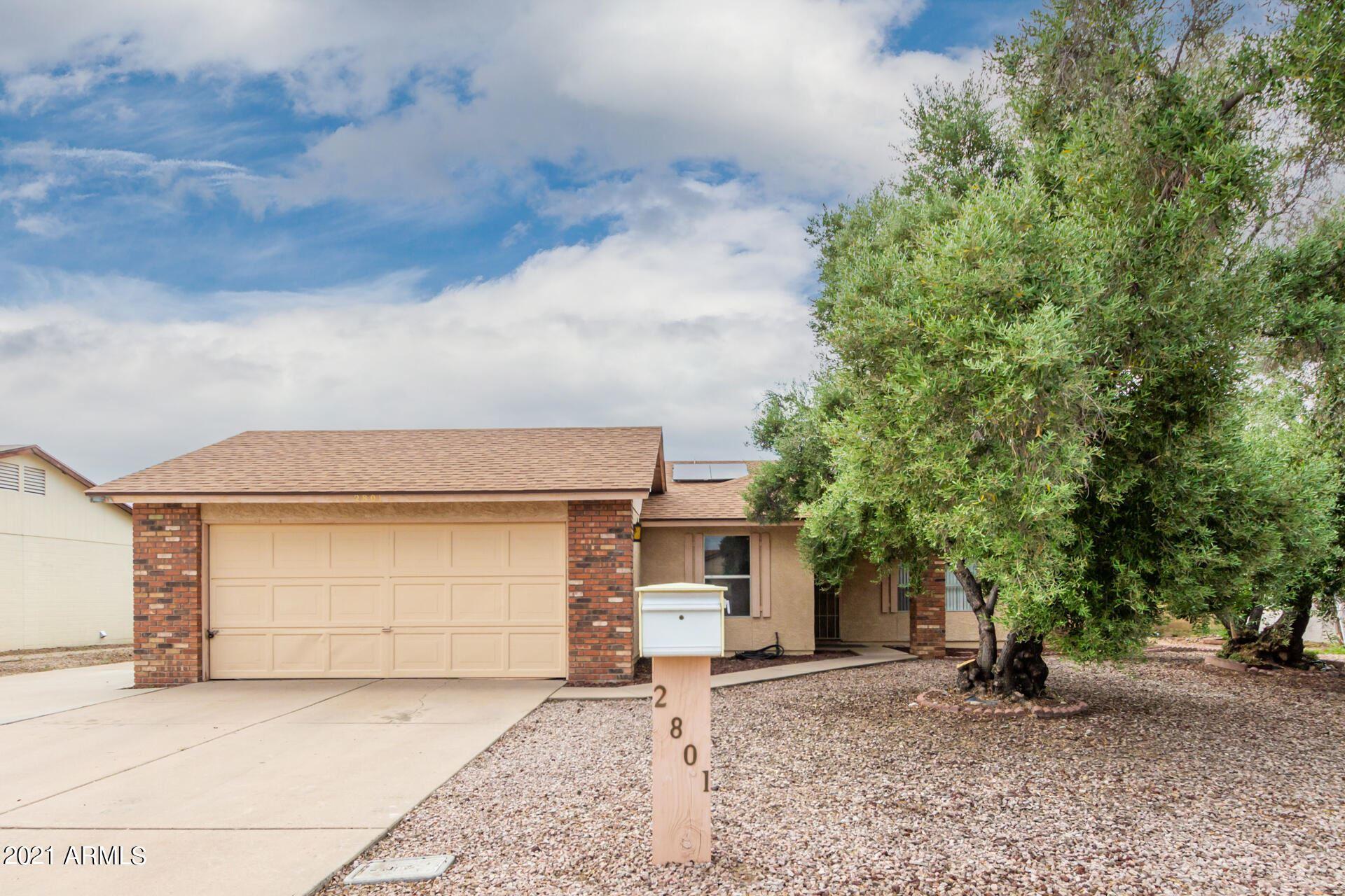 Photo of 2801 W BLUEFIELD Avenue, Phoenix, AZ 85053 (MLS # 6296032)