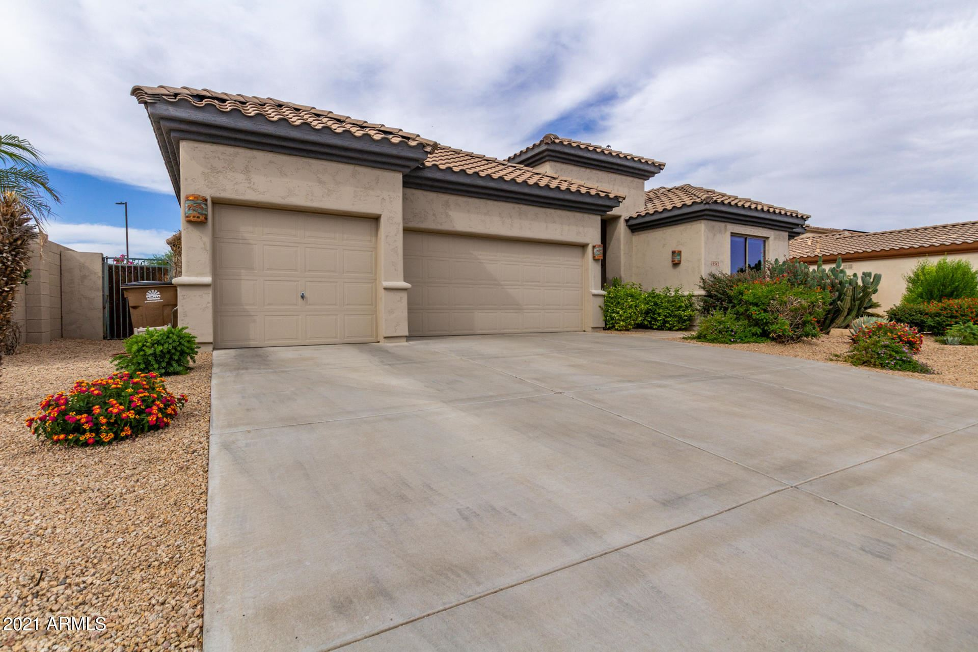 Photo of 14542 W COLUMBUS Avenue, Goodyear, AZ 85395 (MLS # 6232033)