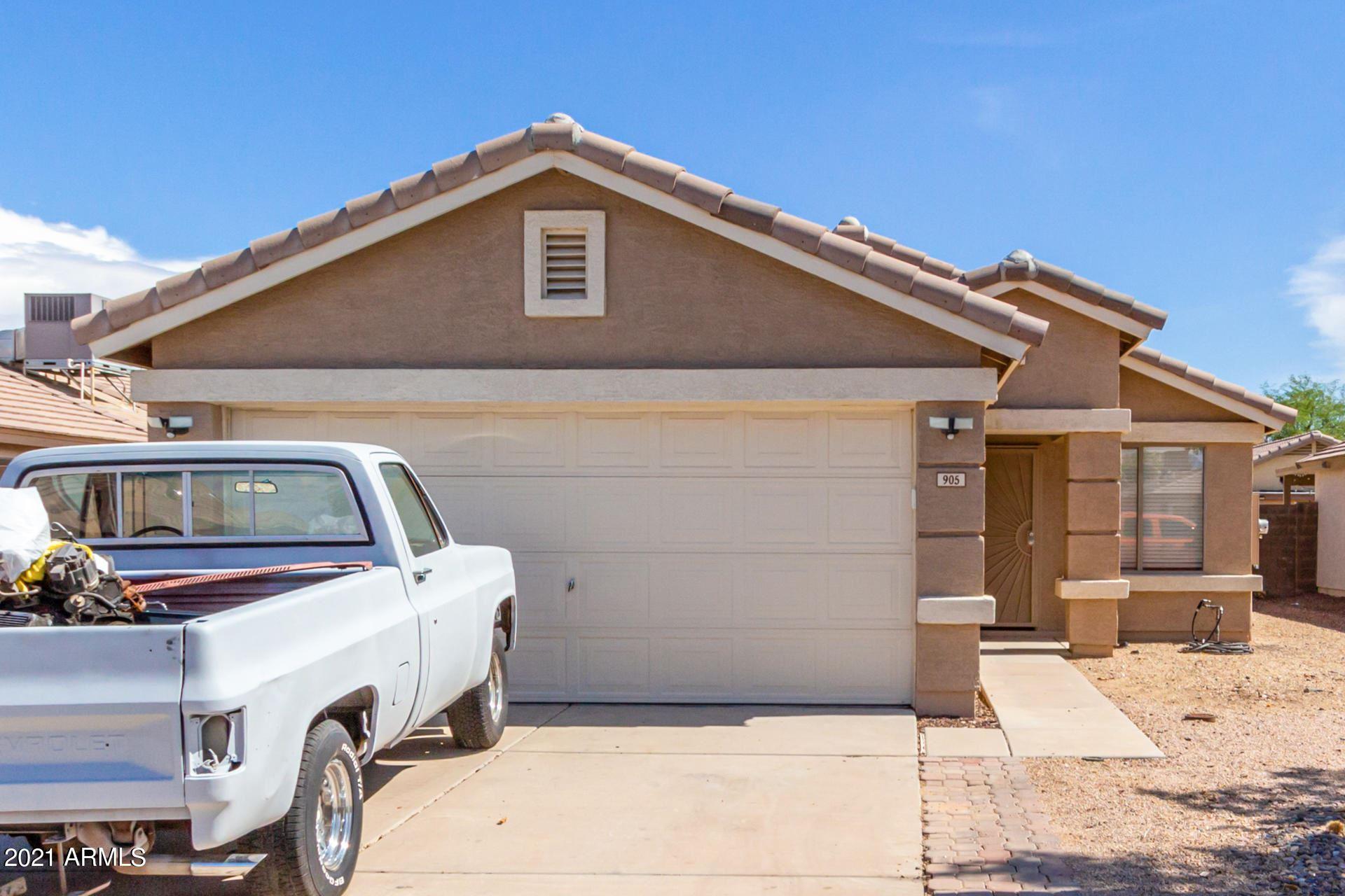 Photo of 905 E GRAHAM Lane, Apache Junction, AZ 85119 (MLS # 6268033)
