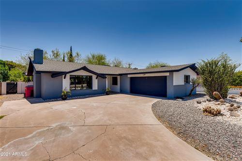 Photo of 8701 E MONTEBELLO Avenue, Scottsdale, AZ 85250 (MLS # 6226034)