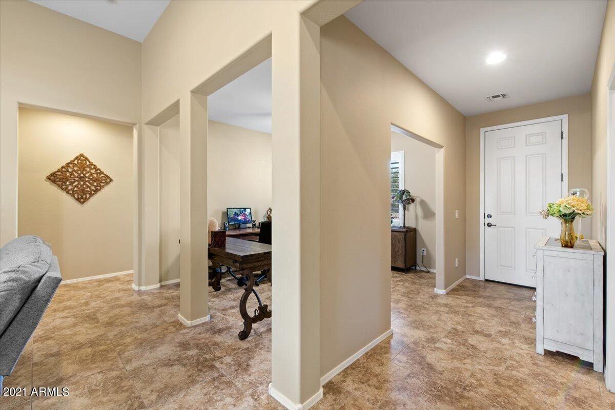 Photo of 42793 W KINGFISHER Drive, Maricopa, AZ 85138 (MLS # 6293034)