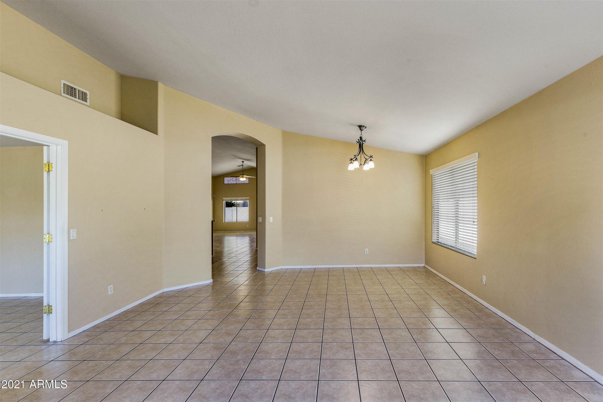 Photo of 712 S JACOB Street, Gilbert, AZ 85296 (MLS # 6202035)