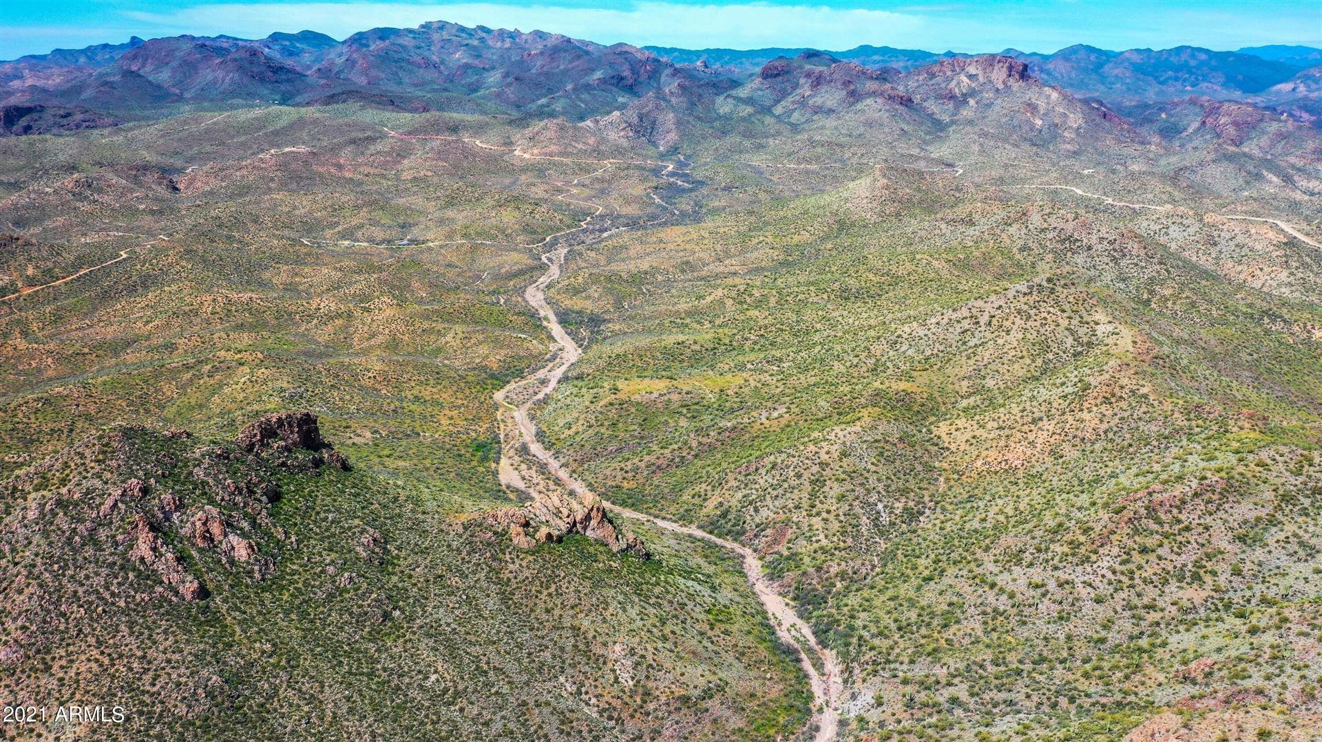 Photo of 4000 E Castle Hot Springs Road, Morristown, AZ 85342 (MLS # 6258035)
