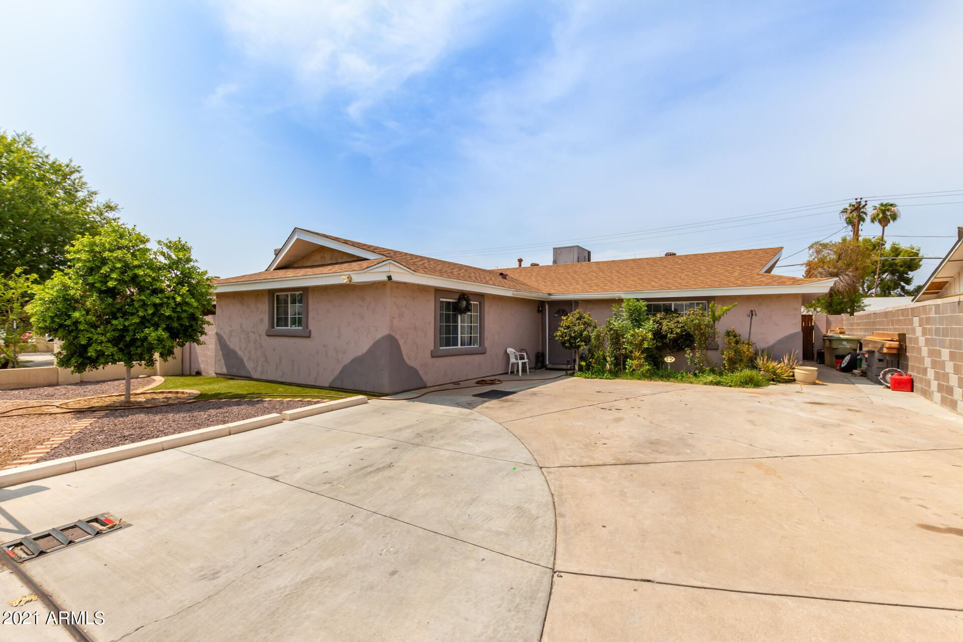Photo of 4612 W KEIM Drive, Glendale, AZ 85301 (MLS # 6269038)