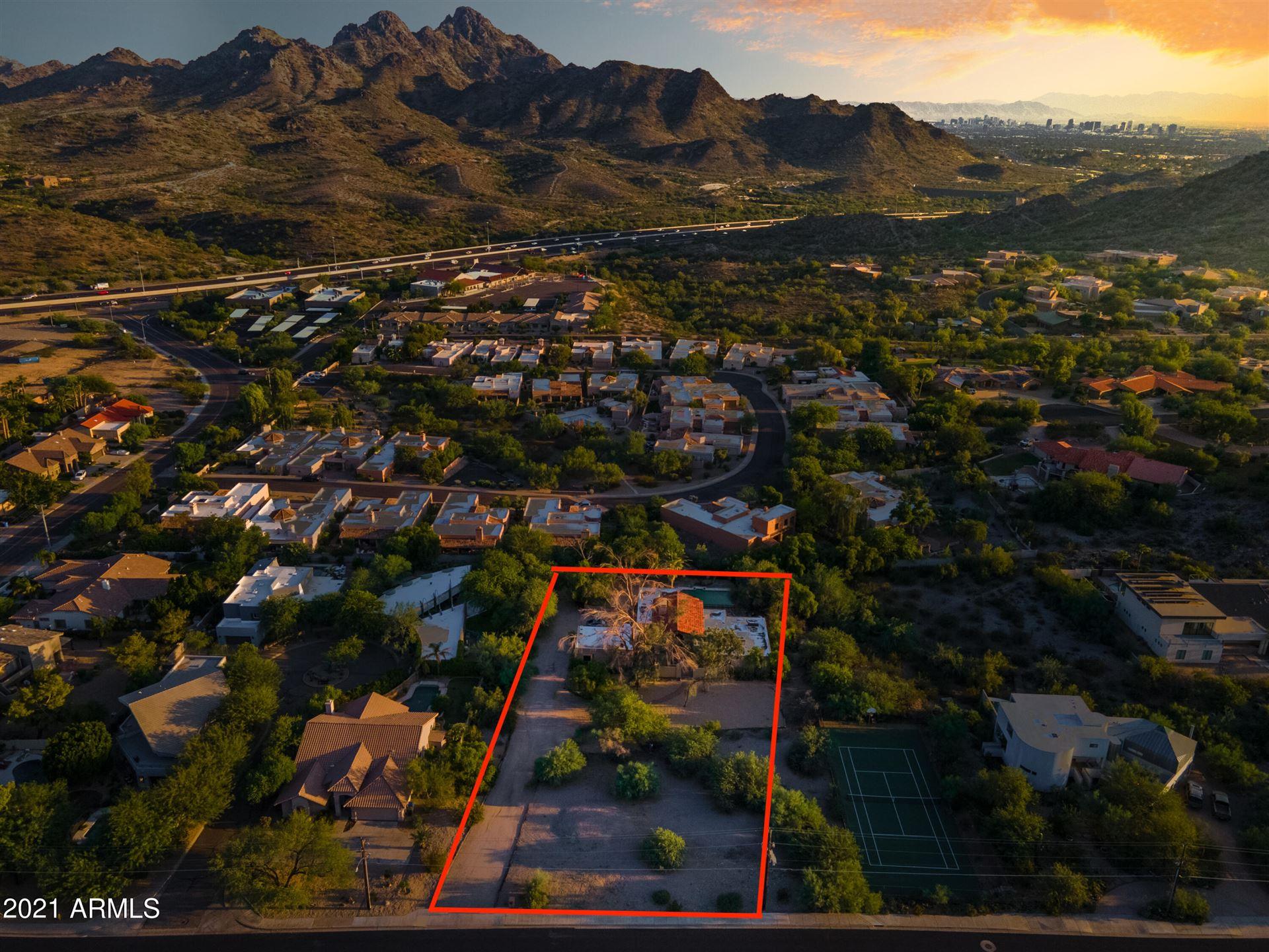 Photo of 2501 E Mountain View Road, Phoenix, AZ 85028 (MLS # 6293039)