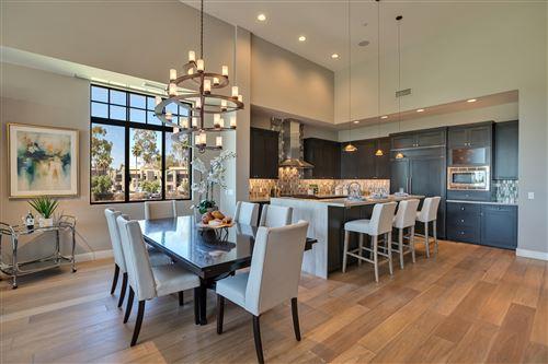 Photo of 2 BILTMORE Estate #200, Phoenix, AZ 85016 (MLS # 6215040)