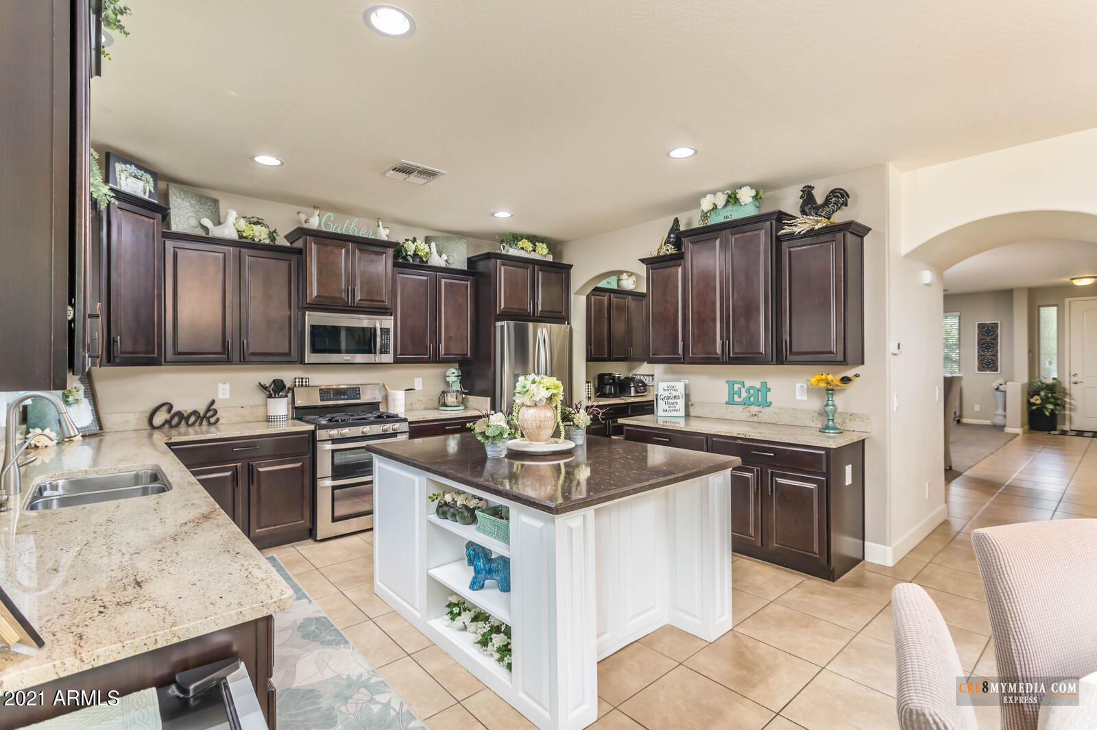 Photo for 40159 W COLTIN Way, Maricopa, AZ 85138 (MLS # 6246041)