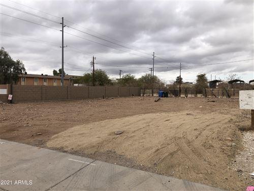 Photo of 21410 N 24TH Avenue, Phoenix, AZ 85027 (MLS # 6297045)